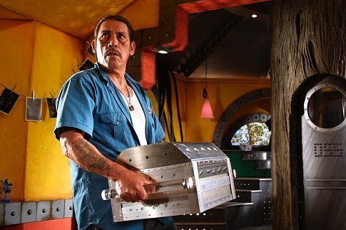 Danny-Trejo-as-Machete-in-Spy-Kids