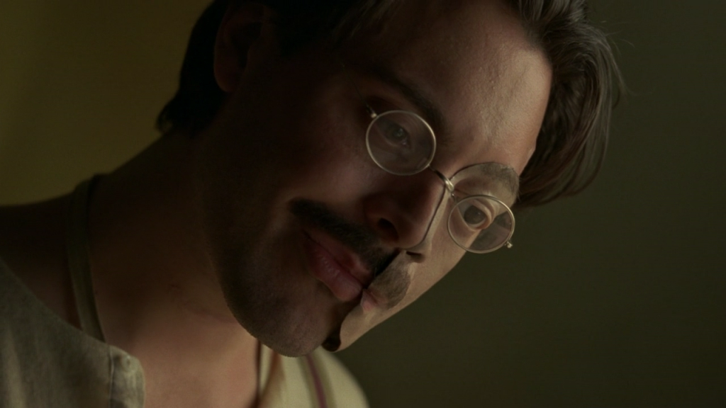 boardwalk-empire-2x01-21-richard-harrow-cap-02