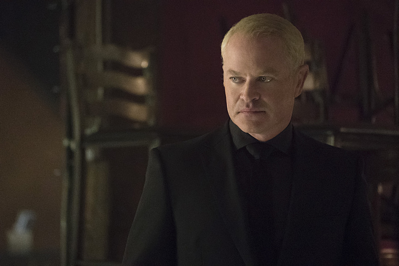 "Arrow -- ""The Candidate"" -- Image AR402A_0063b -- Pictured: Neal McDonough as Damien Darhk -- Photo: Katie Yu /The CW -- © 2015 The CW Network, LLC. All Rights Reserved."