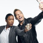 Ryan Hansen Solves Crimes on Television: Una sorprendente y brillante autoparodia